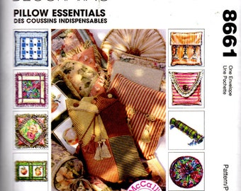 McCall's Sewing Pattern 8661 - Home Decorating - Pillow Essentials