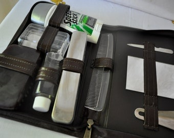 Vintage Men's Toilet Kit/Vintage 1970s/Sleek Faux Leather Case/With Original Contents