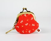 Keychain purse - Mice and cheese on red - Big Lillipurse / Metal frame coin purse / Kawaii japanese fabric / Tiny grey mouse yellow cheese