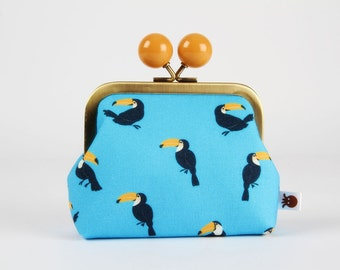 Metal frame coin purse with color bobble - Little toucans on turquoise - Color dad / black and white / Banana yellow / Tropical birds