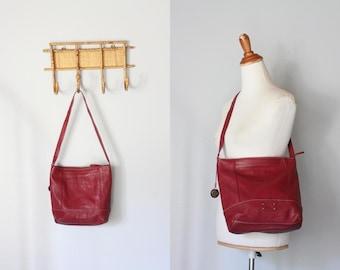 vintage BARN RED leather short crossbody bag / leather messenger bag