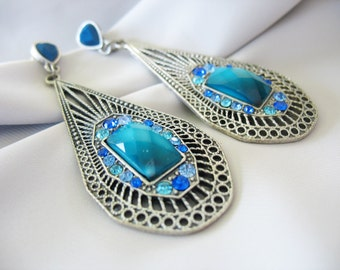 Rhinestone Drop Dangle Earrings Blue Turquoise Silver Silvertone Faceted Ombre Faux Stone 1990s