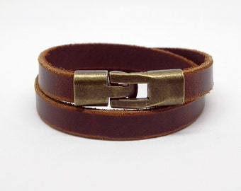 Brown Leather Bracelet Leather Cuff Bracelet with Bronze Alloy Magnetic Clasp