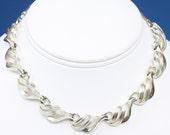 Coro Gold Tone Choker Necklace Swirled Design Vintage