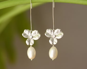 Lucky Clover Silver Charms, White Pearls Long Earrings, Weddings, Bridal Jewelry, White Pearls, Bridal Shop, Silver Earrings, Summer Trend