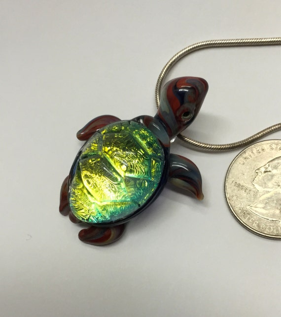 Iridescent  Emerald Green Dichroic Glass Sea Turtle Blown Pyrex Necklace Pendant...  Seemyglass.com