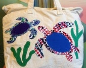 Sea Turtles on tote bag with zippered top closing