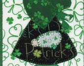 St Patrick's Day Sue, A Sunbonnet Sue Quilted Fabric Postcard