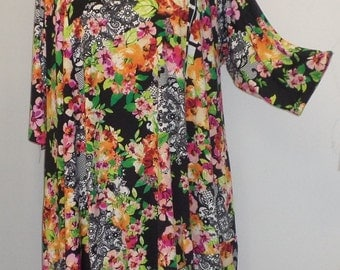 Plus Size Tunic Coco and Juan Plus Size Asymmetric Tunic Top Roses and Lace Print Traveler Knit Size 2 (fits 3X,4X)   Bust 60 inches