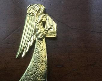 Vintage 1950's Large Angel Pin Playing Harp