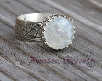 Beautiful Rainbow Moonstone Sterling Silver Ring. Handcrafted fancy rainbow moonstone ring set in sterling silver.