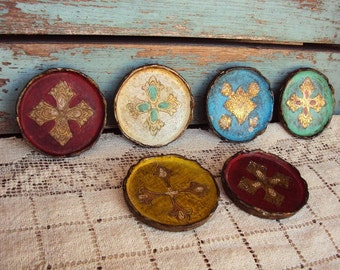 Vintage Italian Florentine Tray Coasters Set Painted Tole toleware Made in Italy Wood Trays Cross Medallions Mid Century