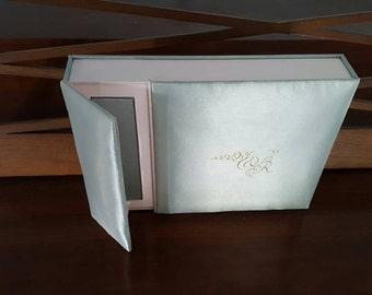 VEGAN COUTURE Wedding INVITATION Satin Invitation Box with foil printing, satin folio, vegan chocolate,sweet 16, 21st birthday, anniversary