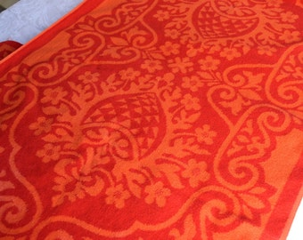 Vintage Fieldcrest Bath Towels - Mid Century Damask in Red and Orange