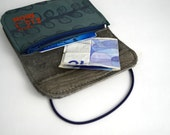 Wallet of turquoise and grey leather with screenprint