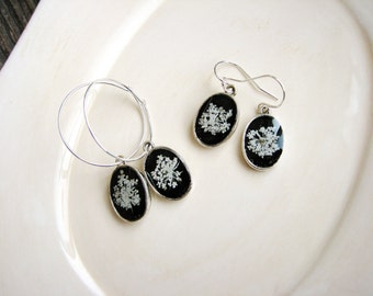 White Flower Earrings, Queen Anne's Lace Earrings, Pressed Flower Earrings, Botanical Naturalist Earrings, Minimalist Hoop Earrings