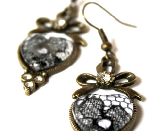 Antique 1920s lace under glass sweetheart earring - black and antique bronze