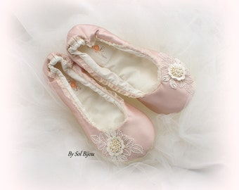 Wedding Flats, Ivory, Rose, Blush, Pink, Ballet Slippers, Ballet Flats, Bridal Shower, Satin Flats, Flower Girl Flats, Pearls, Vintage Style