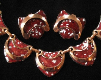 Matisse Renoir Speckled Red Enamel Layered Copper Necklace and Earrings
