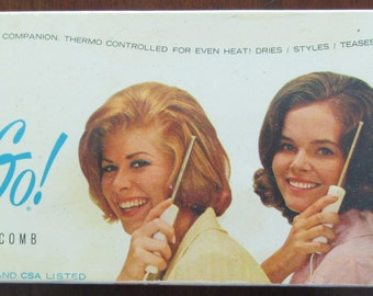 Cool Vintage Comb and Go Electric Comb in the Original Box-Perfect for All Types of Hair