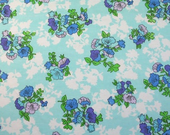 LAST ONE turquoise bouquet, a vintage sheet fat quarter