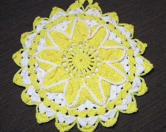 Yellow and white Flower Crocheted Pot Holder