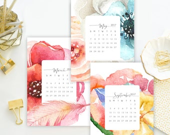 Printed 5x7 2017 Gorgeous Watercolor Floral Desk Calendar. Yearly Calendar