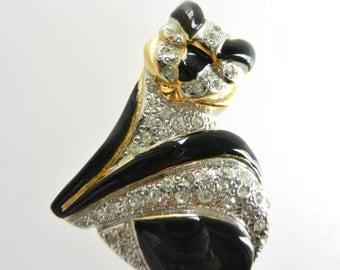 Vintage Gold Tone Signed SCHIAVON BIJOUX Rhinestones black enamel cat/feline Brooch Pin - very good quality vintage brooch pin- Art.316/4-