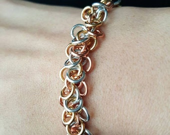 Tri-Color Shaggy Chains Chainmaille Bracelet