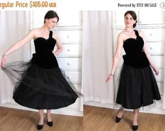 ON SALE 50s Dress / One Shoulder Dress / 1950s Black Velvet Dress / 50s Party Dress