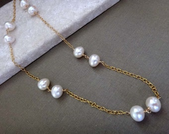 White pearl necklace, freshwater pearl single strand necklace, large white pearl gold chain necklace white and gold June birthstone handmade