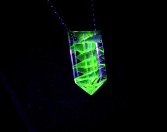 UV reactive Glass Crystal