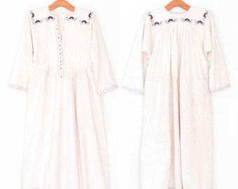 Vintage Embroidered Dress * Antique Bulgarian Folk Dress * Floral Embroidery Peasant Dress * Medium - Large