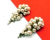 Elegant Vintage Dangling Cluster Faux Pearl Earrings
