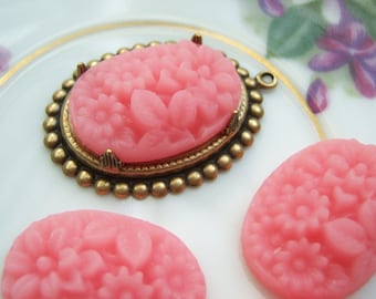4- Pink 25x18mm carved floral cameos - TB100