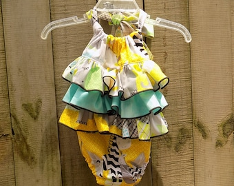 Super Cute Ruffled Animals Sunsuit   size 12-8 months