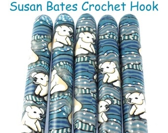 Crochet Hook, Polymer Clay Covered Susan Bates Crochet Hook, Polar Bear Design