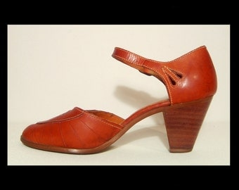1960s 1970s beautiful cognac leather shoes ~ 7 B ~ made in Brazil ~ chunky stacked wood high heel ankle strap pumps w cutouts ~ hippie chic