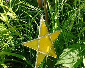 Star - stained glass lover - glass lover - stained glass art - star lover - stained glass star - home decor - stained glass sun catcher