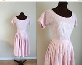 SALE 50% OFF 1960s Dress / Day Dress / Full Skirt (s)