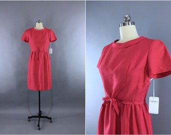 Vintage 1960s Dress / 60s Day Dress / Secretary Dress / Raspberry Pink Red / Mad Men Midcentury