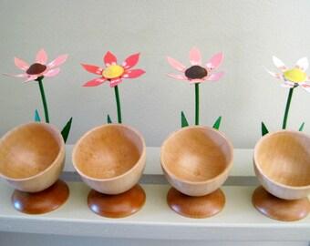 ERZGEBIRGE Vintage Egg Holders Egg Cups with Delicate Flowers set of 4 Vintage GERMAN Democratic Republic