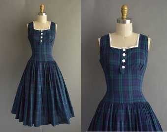 vintage 1950s dress / 50s Betty Lou navy blue plaid cotton vintage dress