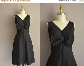 25% off SHOP SALE... Susan Lynn of California 50s black large bow vintage dress / 1950s dress