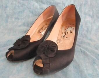 Peep Toe Heels, Black Satin Shoes Pumps, Evins, Made in Italy, Vintage