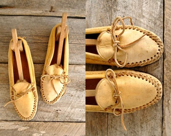 Womens Moccasins Size 9  //  Leather Moccasins Sz 40 wom  //  THE HOCHIMIN