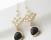 Black and Gold,Gold Earrings,Black Earrings,Dangle Earrings,Long Earrings,Delicate Earrings