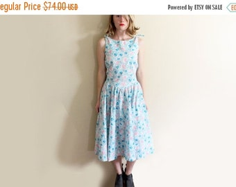 50% OFF SALE vintage dress 1980s sleeveless pastel colors floral print 1950s belle france size s small