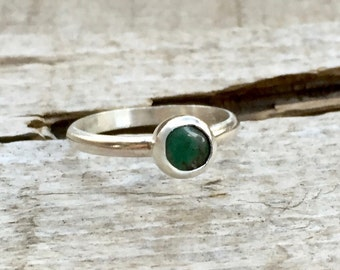 Dainty Elegant Round Green Turquoise Solitaire Ring in Sterling Silver