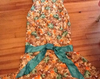 Vintage Lady's Retro Floral Dress Fishtail Puff Sleeves Form fitting